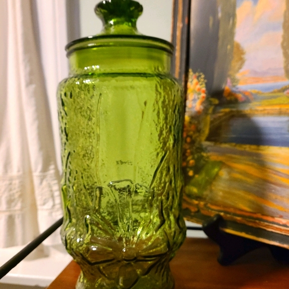 Vintage olive army green glass apothecary jar